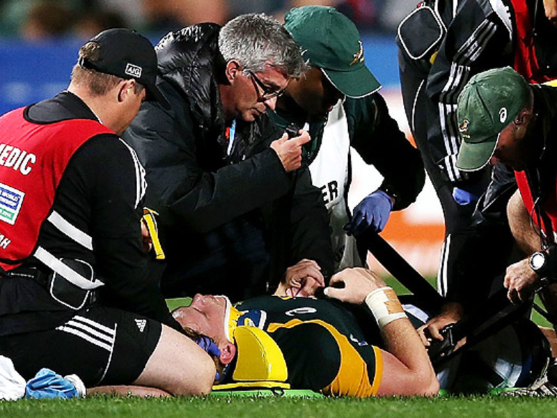 Large jean luc du preez injured