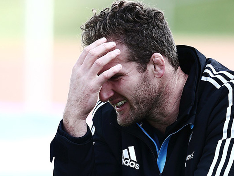 Large kieran read head in hand