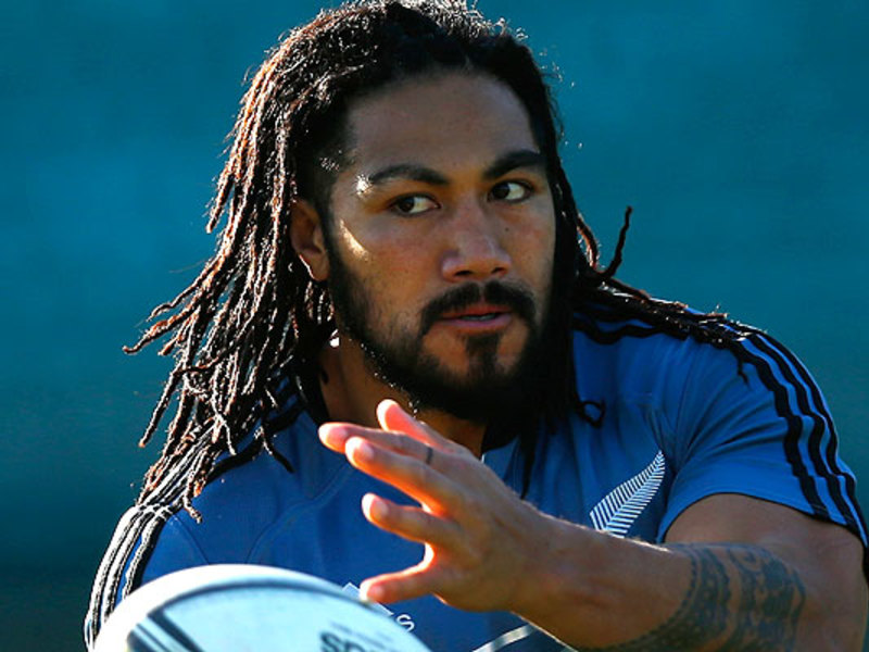 Large ma a nonu ball