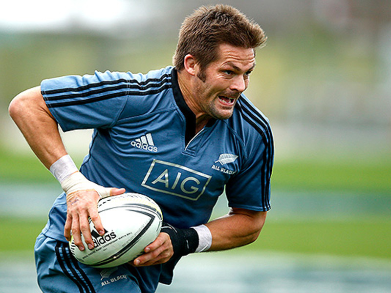 Large richie mccaw all blacks training
