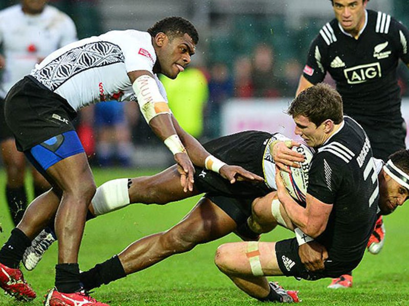 Large fiji 7s v nz 7s 630  copy