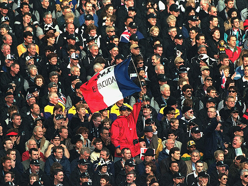 World cup 1999 flag in crowd 800