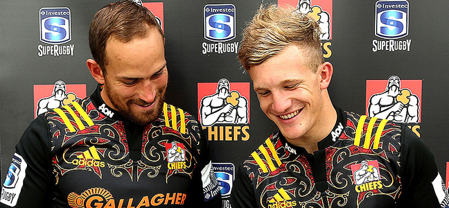 Mc article andrew horrell and damian mckenzie chiefs 800