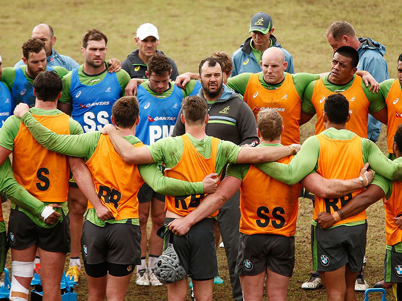 Large michael cheika huddle 800