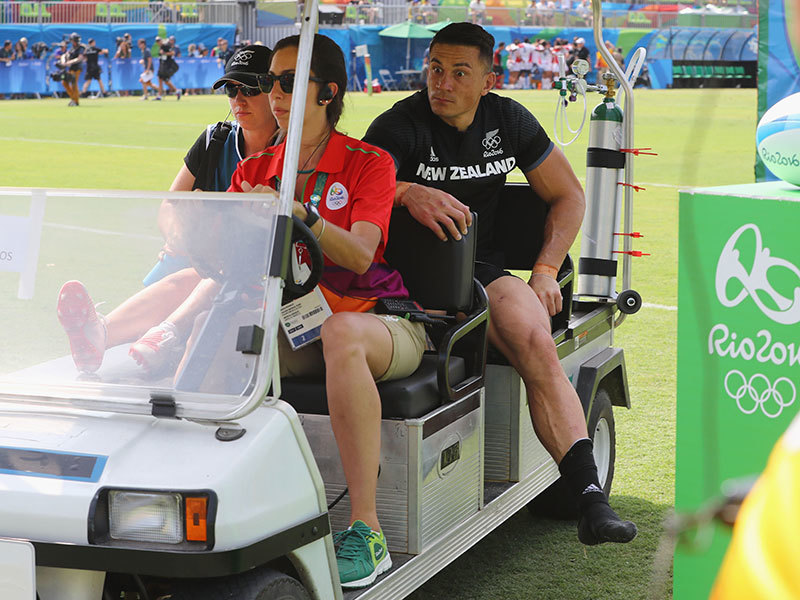 Large sonny bill williams injured 800