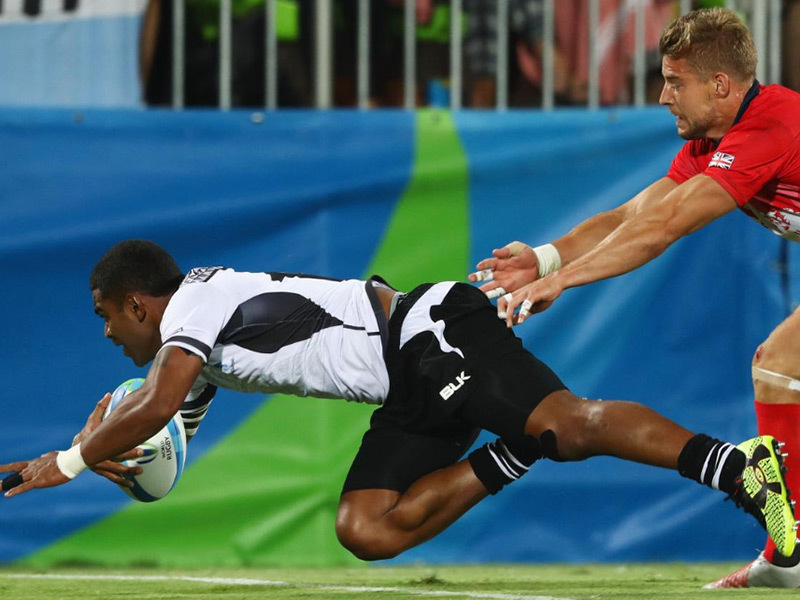 Large fiji v britain try 800