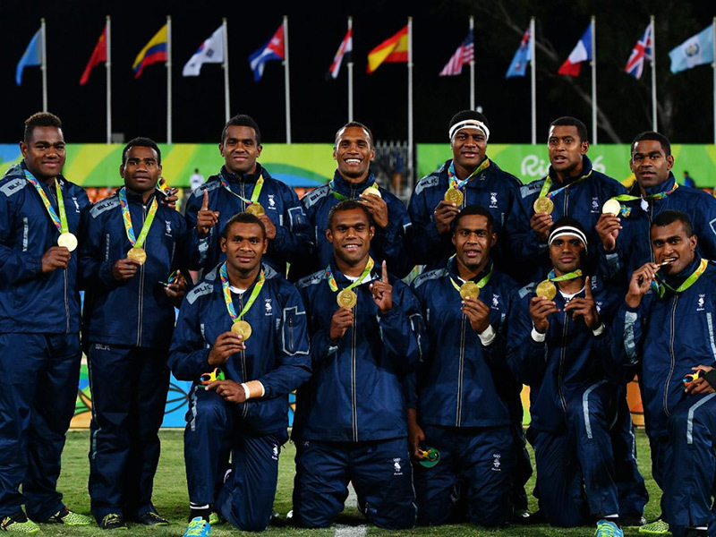 Large fiji players display gold medals 800