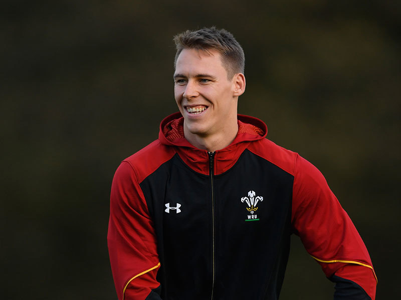 Large liam williams wales training 2016 800