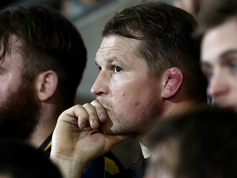 Dylan hartley pensive 800