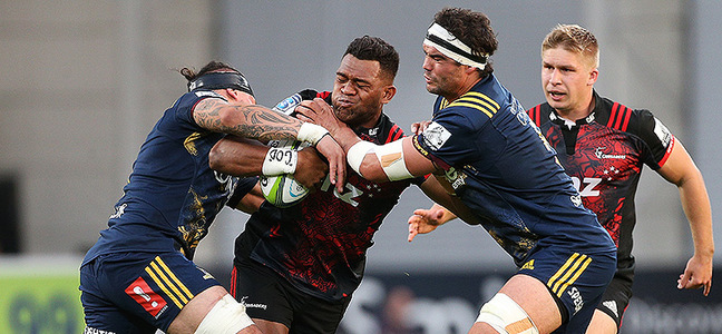 Mc article highlanders v crusaders match action 800