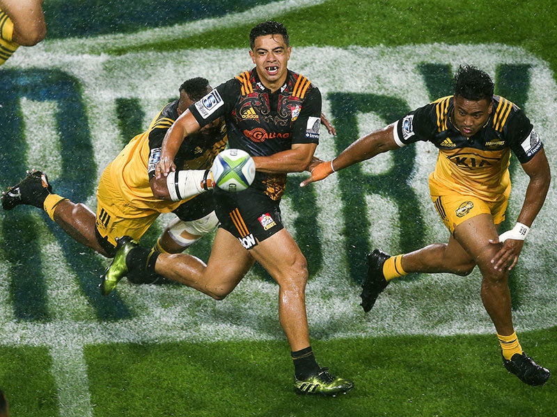 Large chiefs v hurricanes 2017 800