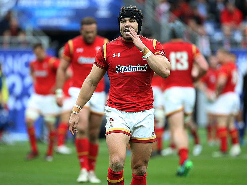 Large leigh halfpenny wales shouts 2017 800