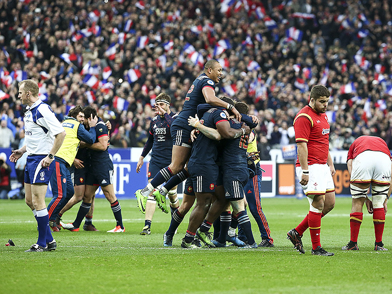 Large france six nations celebrate 800