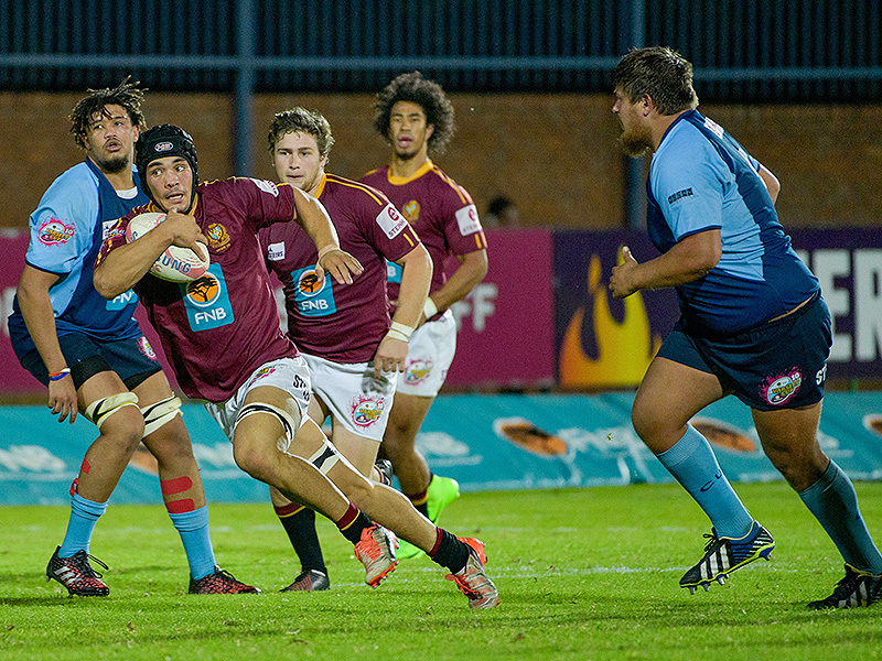 Large maties breakaway v cut 800