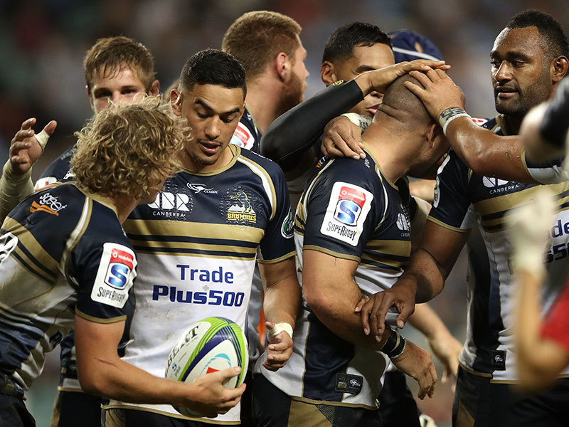Large brumbies celebrate v waratahs 2017 800