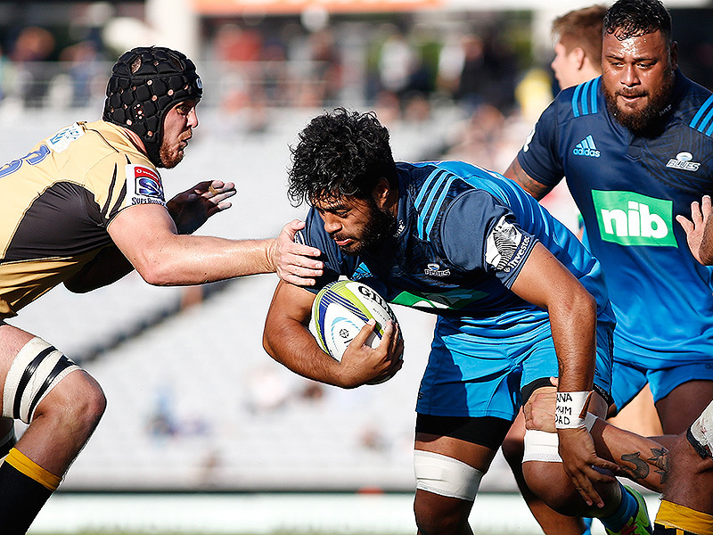 Large akira ioane blues tackled 800