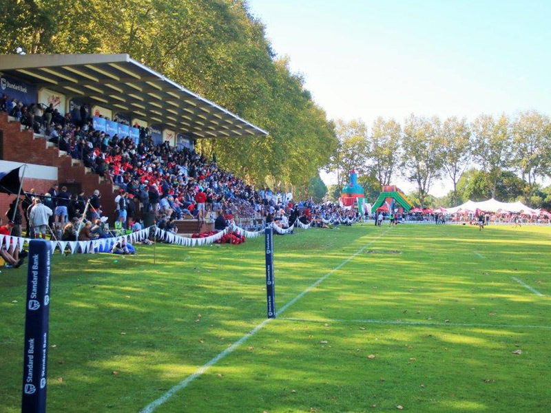Large kearsney festival crowd 800