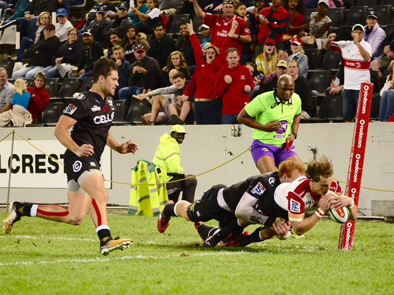 Large andries coetzee lions v sharks 800