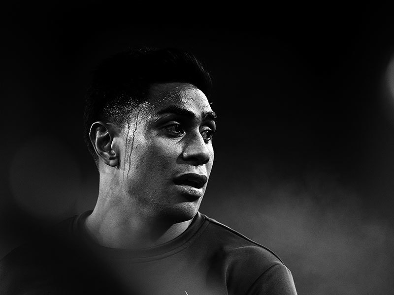 Large malakai fekitoa black and white 2017 800