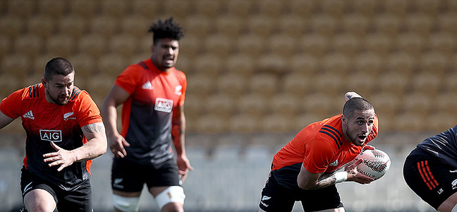 Mc article thomas perenara all black training 800