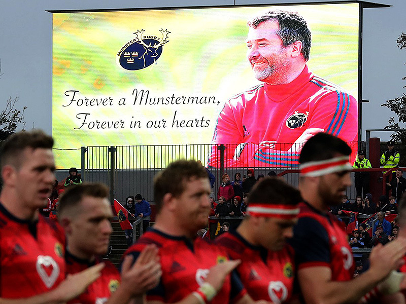 Large munster applauds foley 800