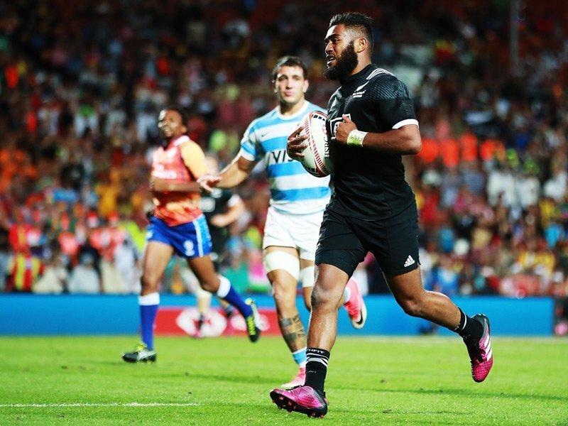 Hamilton Sevens: NZ face England in quarters