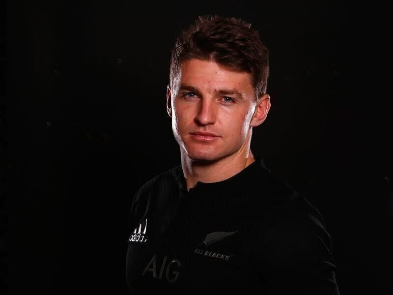 Barrett at No.10 for All Blacks
