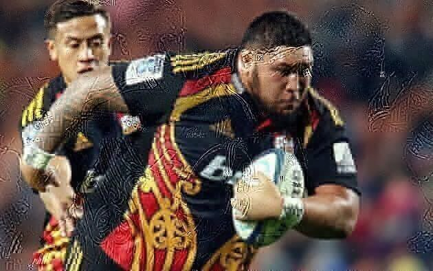 Chiefs re-sign crowd favourite