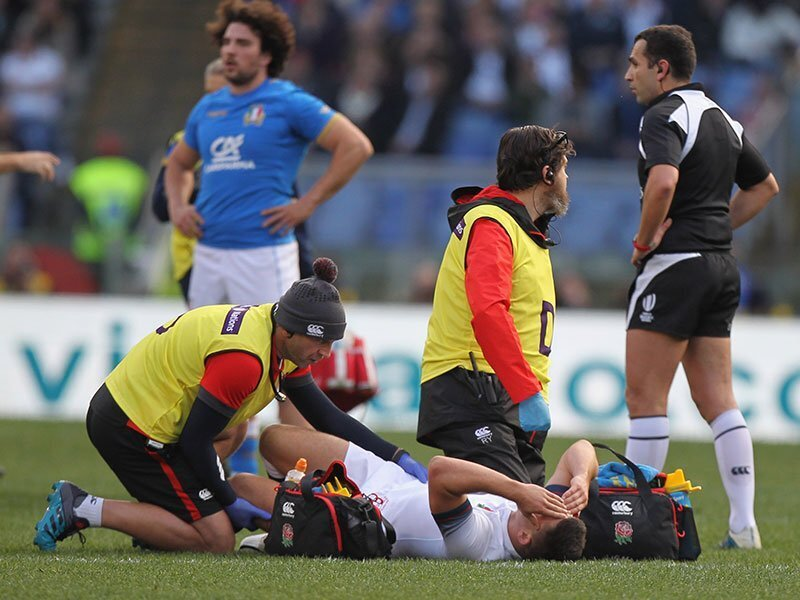 Lengthy lay-off for England scrumhalf