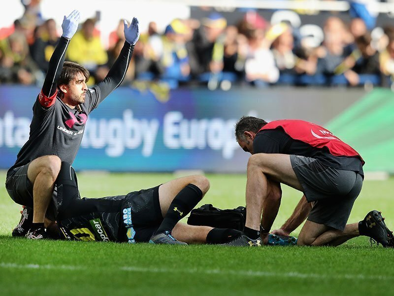 French flyhalf Lopez out for five months