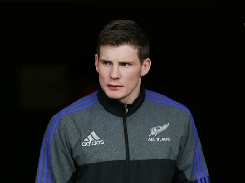 All Black swaps Top14 for Japan