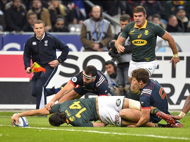 Springboks squeak past feisty France