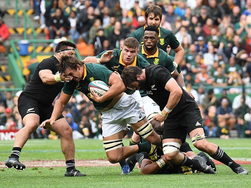 Etzebeth jets off to France?