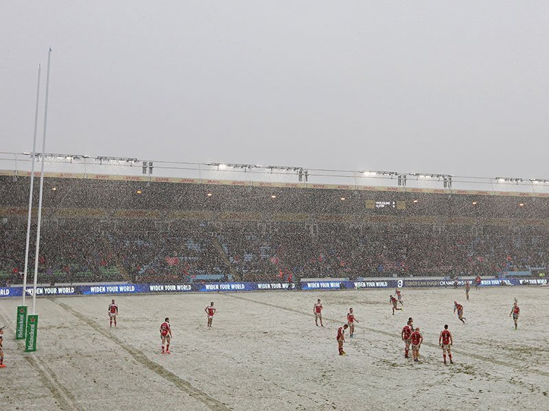 Ulster beat Harlequins in the snow