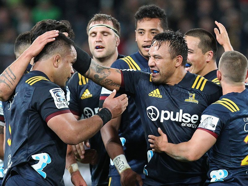 Co-captain Dixon starts for Highlanders