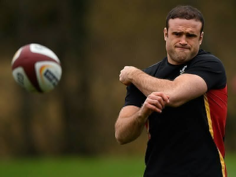 Roberts back with Wales