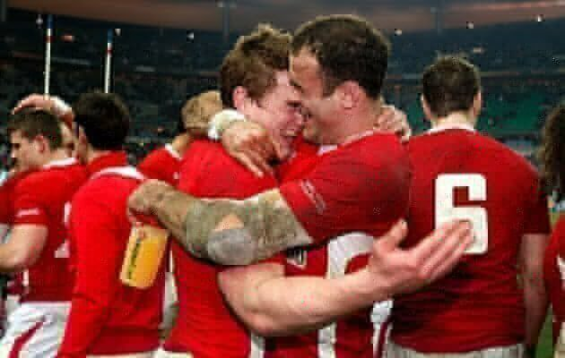 Davies and Jones back for Wales