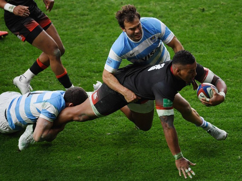 England down Argentina in snorefest