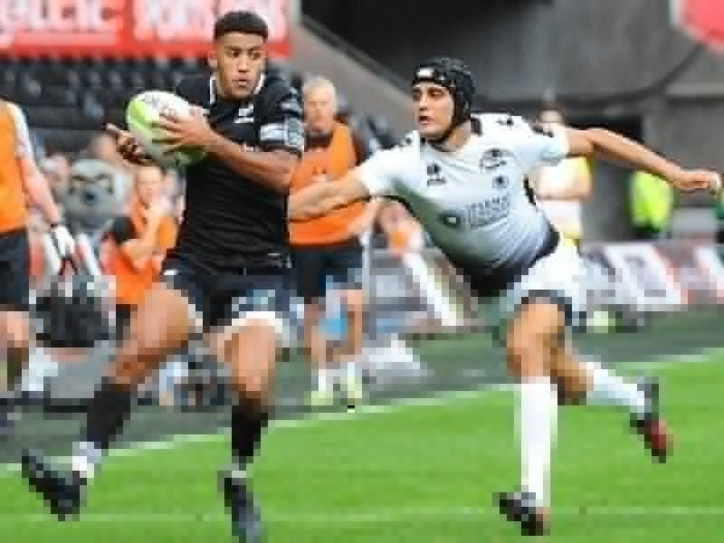 Giles double helps Ospreys hold off Zebre