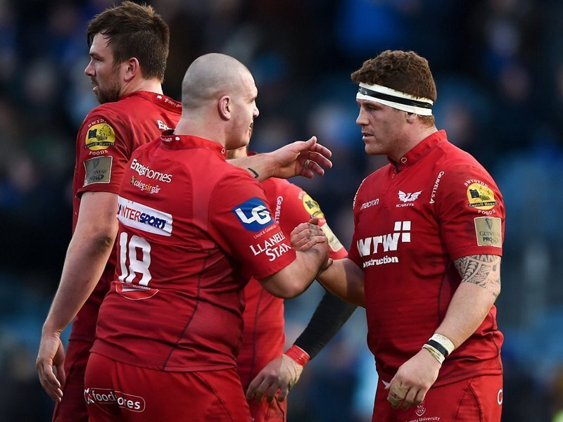 Price earns Scarlets contract