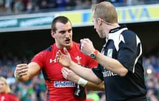 Gatland takes it on the chin