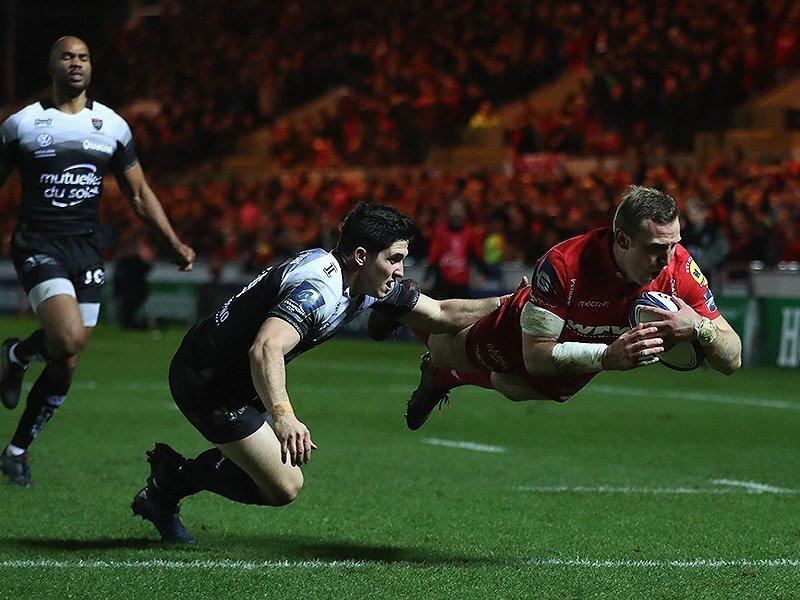 Scarlets stun Toulon in thriller
