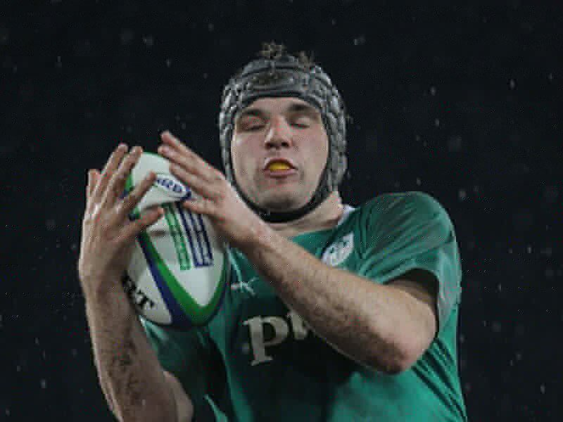 Ireland star commits to Munster