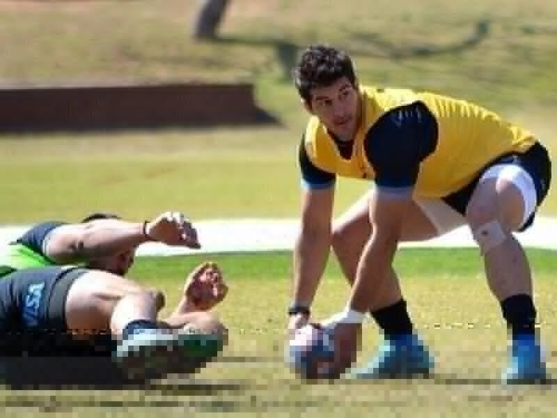 Los Pumas coach Hourcade rings the changes