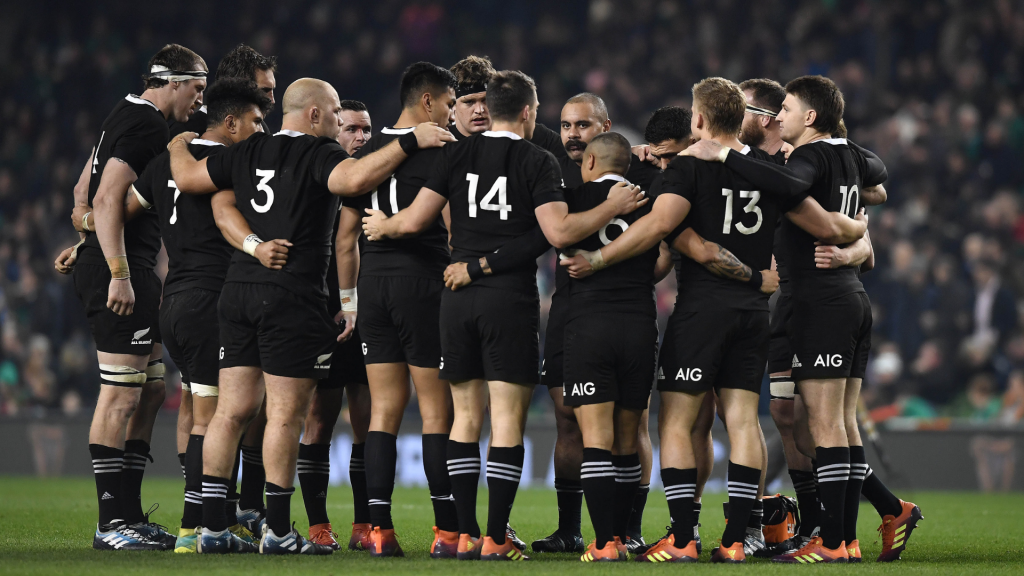 Cash isn't king: All Black star opts to stay in New Zealand