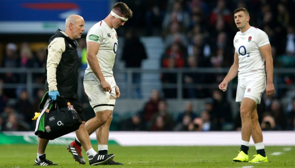 England international signs contract extension with Sharks