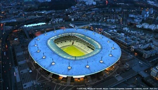 Italian star quits Stade