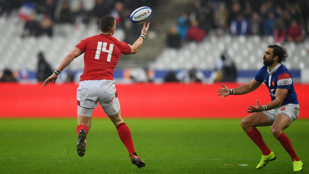 North double helps Wales stun France in Paris