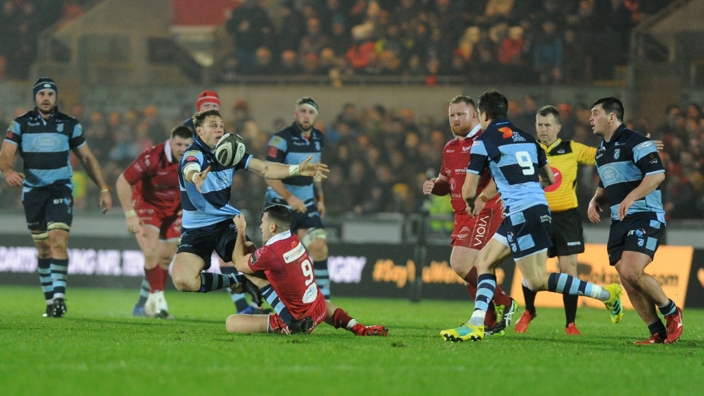 Anscombe stars as Cardiff punish Scarlets