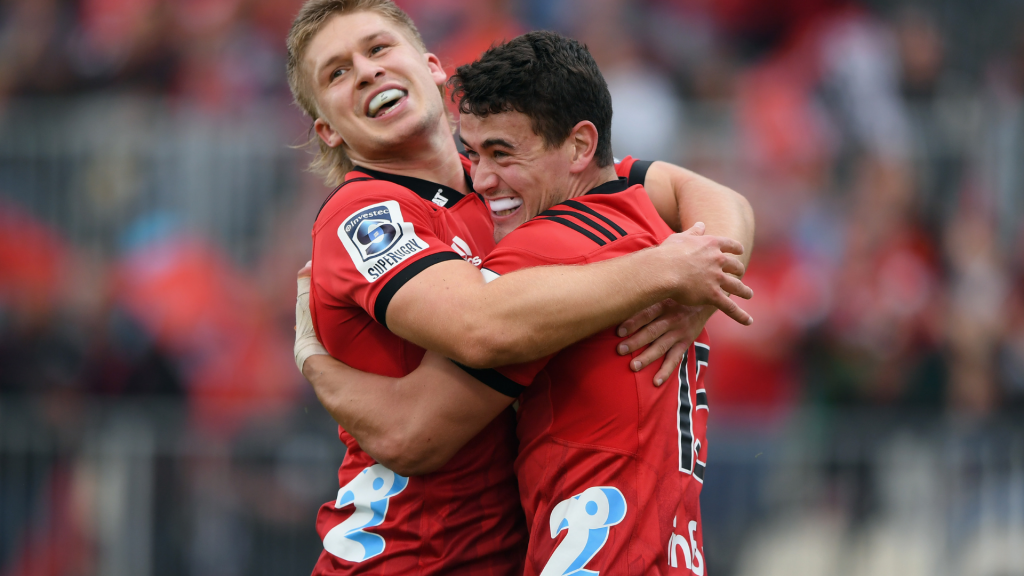 Crusaders demolish brainless Chiefs